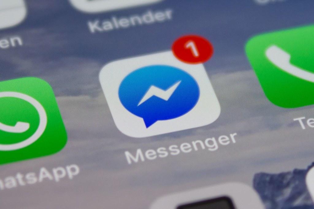 open messenger